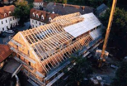 Umbauimpressionen vom gut wildberg ihr hotel im elbtal zwischen dresden und meissen ideale - Holzbock im dachstuhl ...